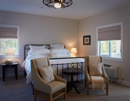 Image 7 Inn Room